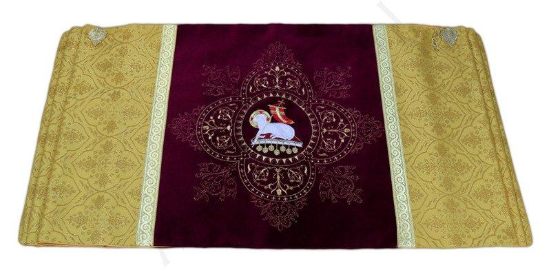 "Humeral veil The Lamb of God ""Agnus Dei"""