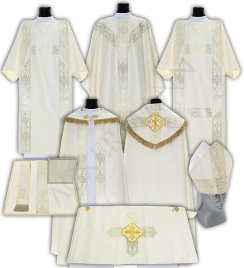 Set of vestments model 113